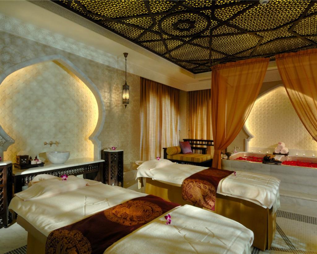 11-emirates-palace-anantara-spa-massage-room