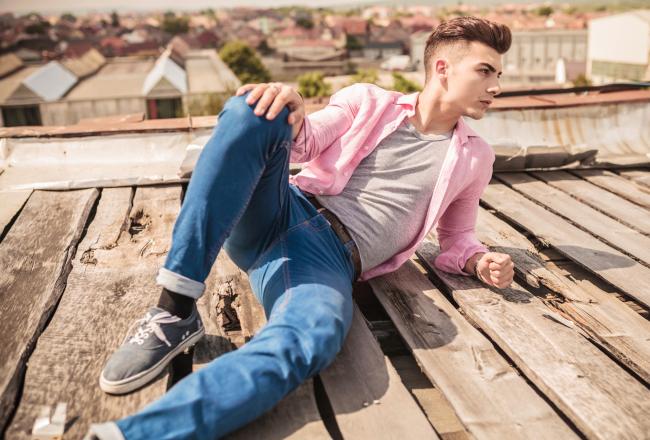 Lässige Frühlingsmode Herren Jeans Im Used Look The Modern Gentleman