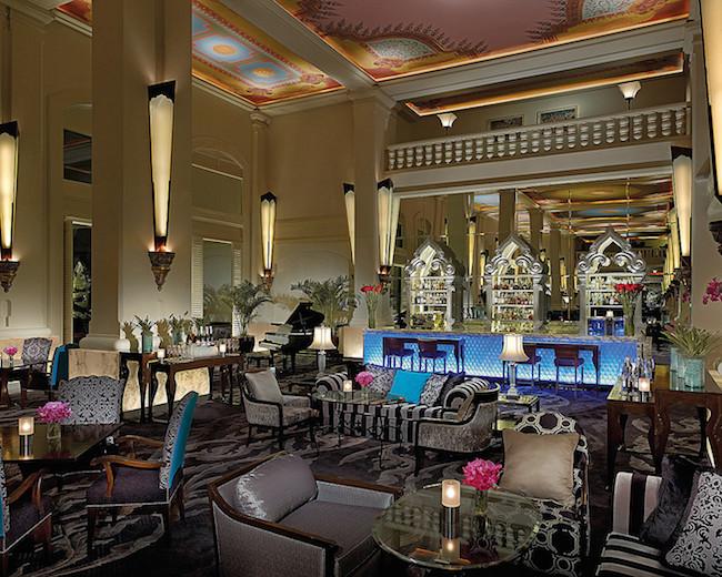 Four Seasons Bangkok - Lobby (Photo: Gortz, Markus)