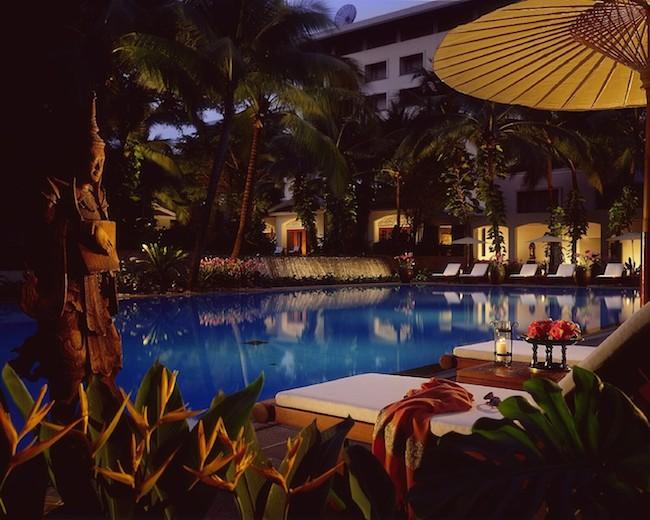 Four Seasons Bangkok - Swimming Pool
