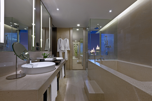 The Okura Prestige Bangkok - Bathroom