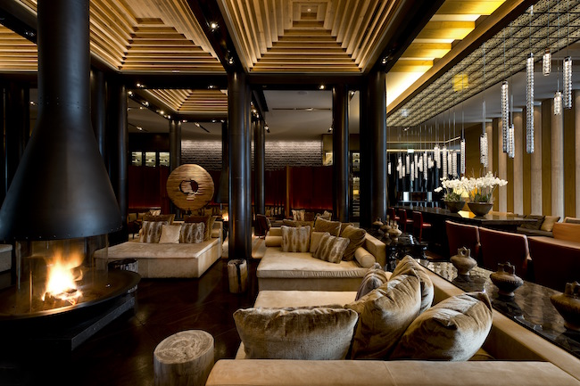 the-chedi-andermatt-luxury-hotel-lobby-lounge-area