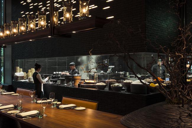 the-chedi-andermatt-main-restaurant-asian-chefs