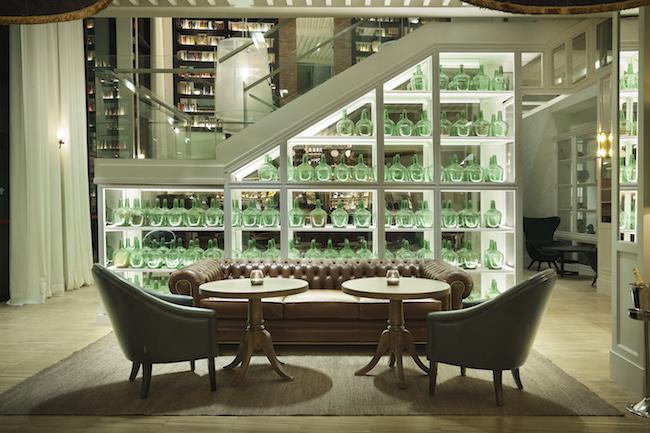 hotel-camiral-lounge-bar-2